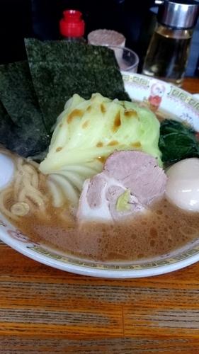 「キャベ玉ラーメン」@横浜ラーメン厨房 うえむらやの写真