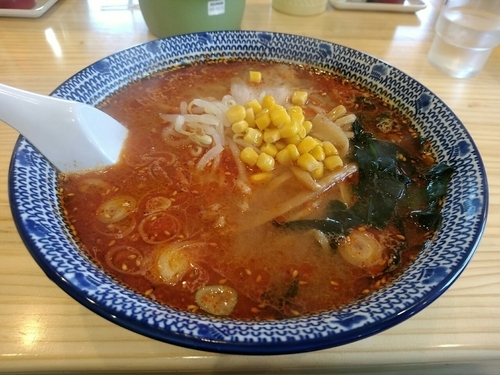 「酸辣麺(並盛・180g)700円→0円」@手打ちラーメン 本丸の写真