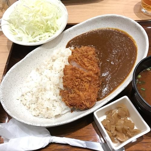 「三元麦豚ロースかつカレー」@新宿さぼてん さいたま新都心けやきひろば店の写真
