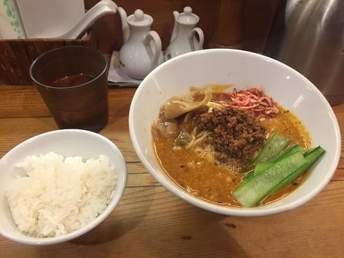 「担々麺(辛さ普通) +ライス(おかわり一杯まで無料)」@担々麺 ほおずきの写真