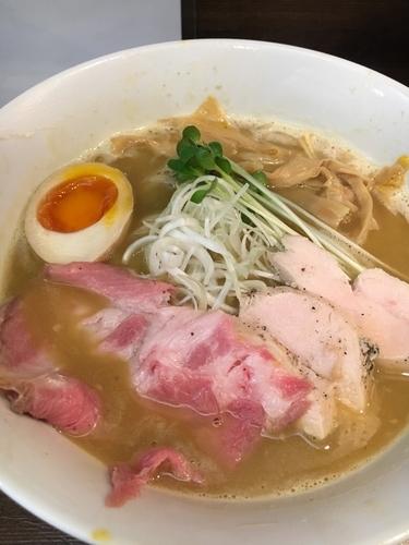 「濃厚鶏白湯¥800」@えびす丸の写真