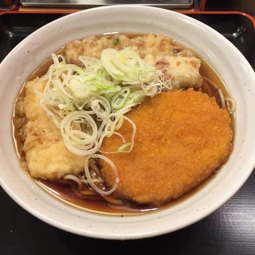 「ミックス天(¥360)」@梅もと 多摩川店の写真