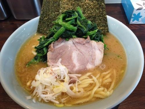 「塩豚骨ラーメン」@横浜家系豚骨醤油極太麺 侍 本店の写真