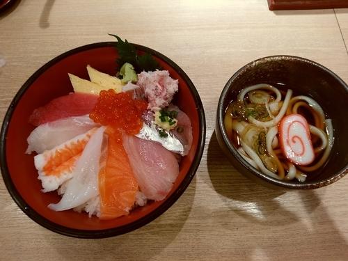 「Bランチ(海鮮ちらし+氷見うどん)1,080円」@廻鮮 魚廣水産の写真