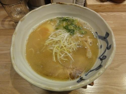 「煮干し香るらぁ麺(並盛)」@麺匠 たか松 四条店の写真