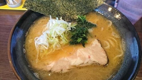 「クリーミー豚骨醤油」@麺や かがのの写真