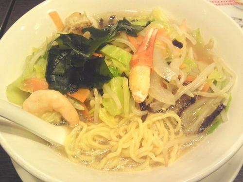 「海老・蟹・帆立と国産野菜たっぷりタンメン¥849(税抜)」@バーミヤン 若葉店の写真