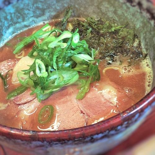 「濃厚醤油ラーメン」@麺処 ばっはの写真