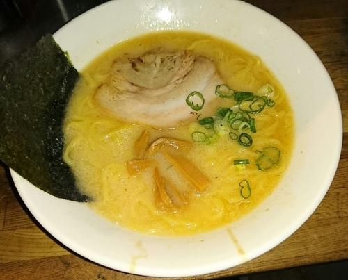「龍龍麺」@とんこつラーメン 龍龍の写真