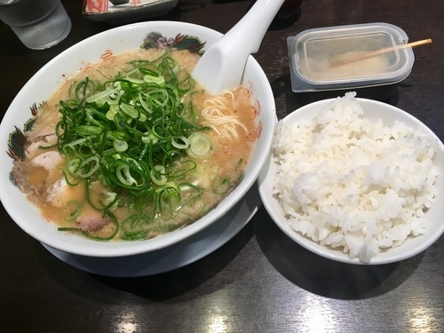 「こってりラーメン¥745+小ライスサービス」@来来亭 小平仲町店の写真