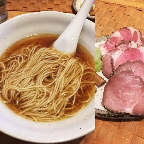 「シャモ&コーチン(醤油)+チャーシュー3枚」@自家製麺 のぼるの写真