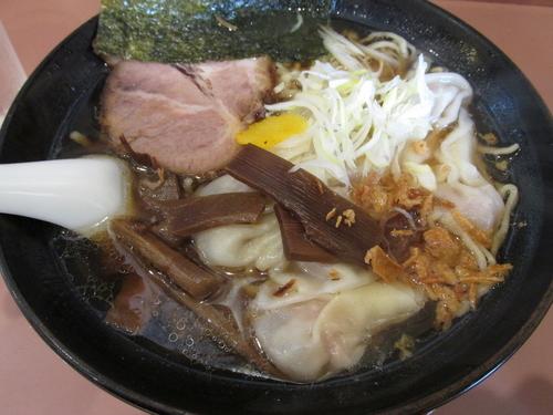 「ワンタン麺 「800円」」@手造りラーメン 鶴の写真