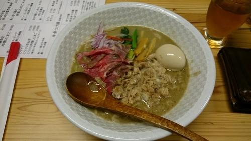 「牛骨ラーメン こってり肉増し」@麺榮 王様のラーメンの写真