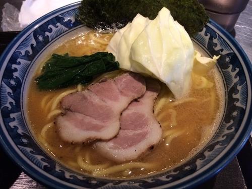 「とんこつ醤油」@麺匠 佐蔵 FUBUKIの写真