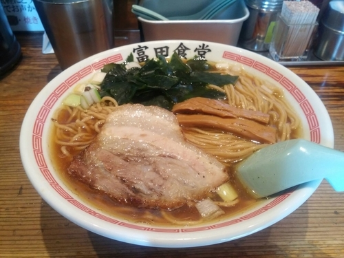 「中華そば 中(230g)」@松戸中華そば 富田食堂の写真