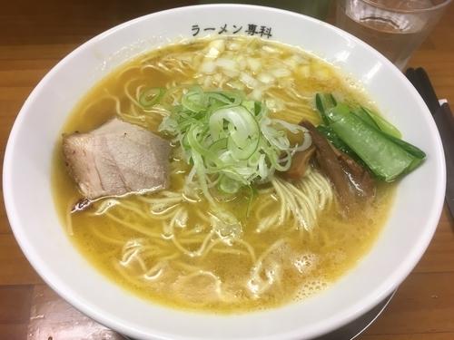 「こっさり 麺大盛り」@ラーメン専科 竹末食堂の写真
