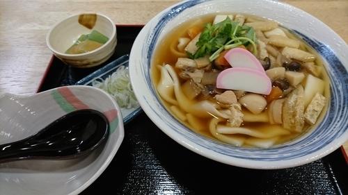 「上州名物おっきりこみうどん 950円」@はや味の写真