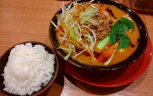 「担々麺」@横浜家系ラーメン 伊勢佐木家の写真