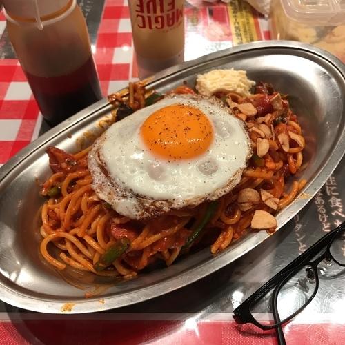 「カレーナポ(並)+目玉焼き+ソース増し+α」@スパゲッティーのパンチョ 池袋店の写真
