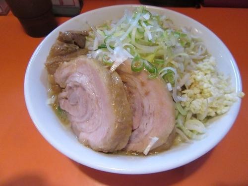 「ラーメン豚一切れ(840円)+豚券130円」@ちばからの写真