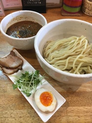 「つけ麺 KURO(中盛)¥980」@KÜCHEの写真