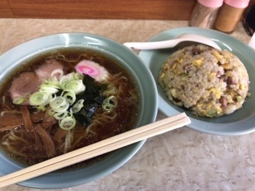 「炒飯ラーメン【800円】」@中山楼の写真