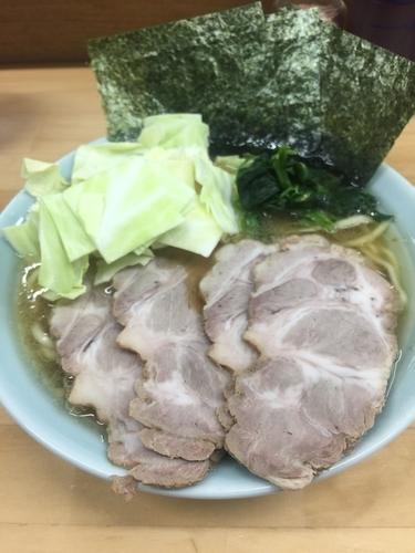 「チャーシュー麺中盛、硬め濃いめ」@捲り家の写真