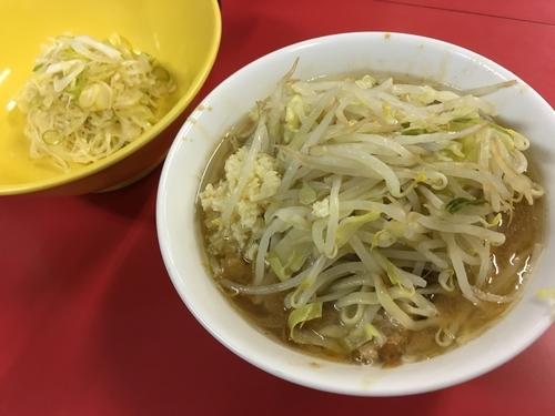 「麺半分ニンニク+味ネギ」@ラーメン二郎 茨城守谷店の写真