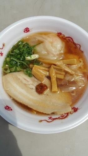 「醤油麹漬けチャーシュー海老ワンタンメン」@大つけ麺博 presents 最強ラーメンFes,の写真