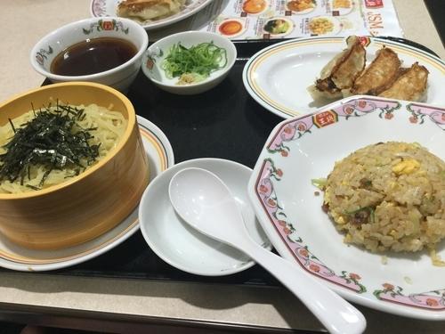 「ざるラーメンミニチャーハンセット799円」@餃子の王将 東大成店の写真