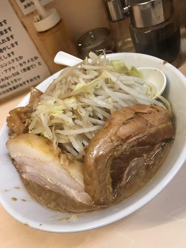 「ラーメン 野菜少 カラメ」@自家製ラーメン 大者の写真