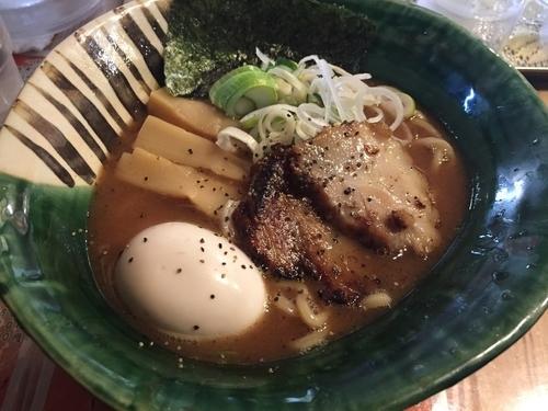 「燻玉らーめん(780円)」@麺や 璃宮の写真