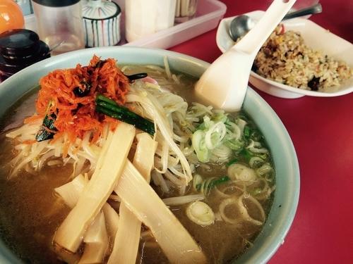 「ピリ辛味噌ラーメン(大盛)」@味の龍王の写真