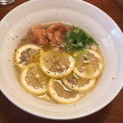 汁なし麺専門店 雷伝 一の宮店の写真