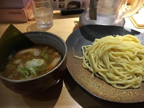 「つけ麺(並)+味玉 880円」@つけ麺屋 やすべえ 西池袋店の写真