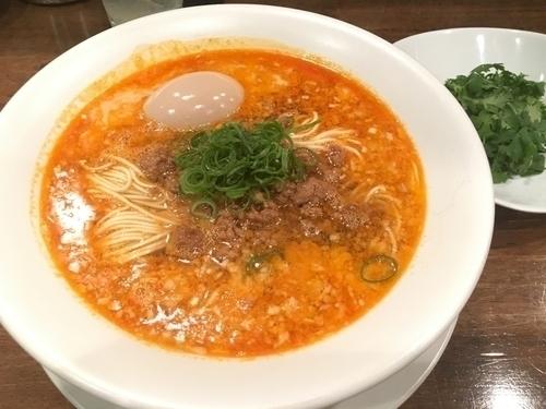 「担担麺 (¥850)  with パクチー (¥100)」@創作麺工房 鳴龍の写真