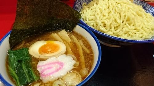 「つけめん+メガ盛」@ちゃーしゅうや武蔵 イオンモール日の出店の写真