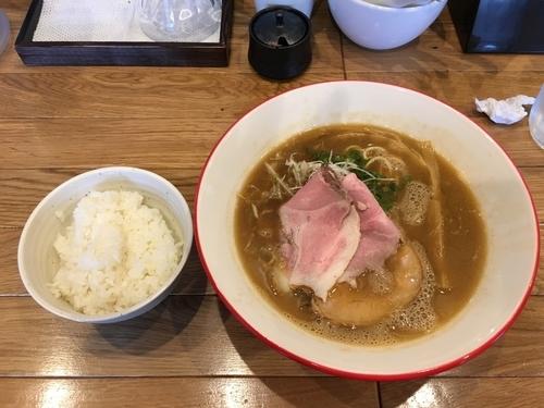 「濃厚魚介ラーメン」@Mari iidaの写真
