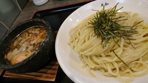 「嘉六つけ麺、中盛り、サービスライス」@つけ麺 丸和 春田本店の写真