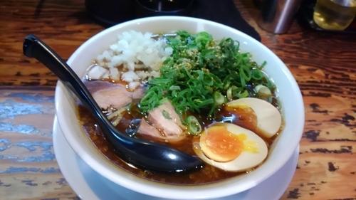 「濃厚魚介ラーメン ¥880」@Y's Dining Barの写真