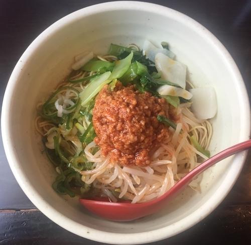 「汁なし担々麺700円」@めだかTANTANの写真