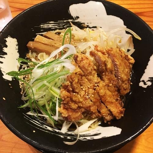 「冷やぶっかけ+パーコー」@客野製麺所の写真