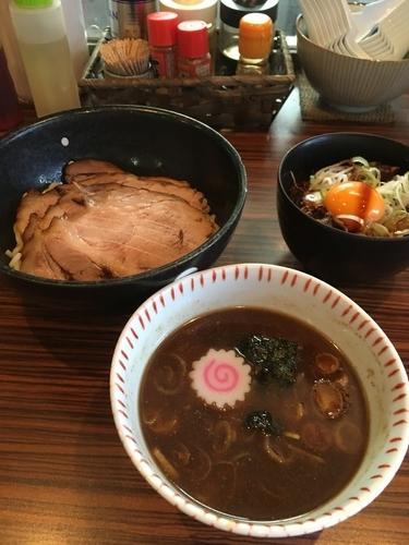 「チャーシューつけ麺+チャーシュー丼」@麺屋渡来人外伝 麺屋饗者 ~KYOUJA~の写真