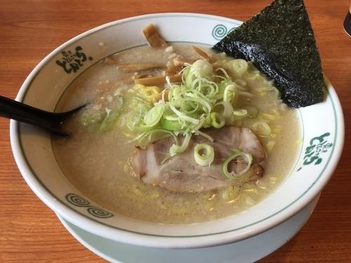 「塩ラーメン(大盛)&餃子」@東京とんこつ とんとら 北本店の写真