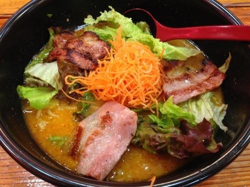 「ベーコンスパイシー ¥670」@麺's アピタ北方店の写真