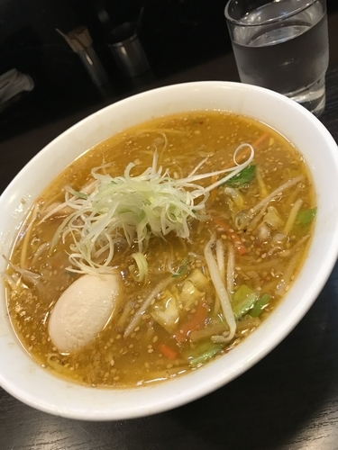 「味玉 味噌ラーメン」@けやき すすきの本店の写真