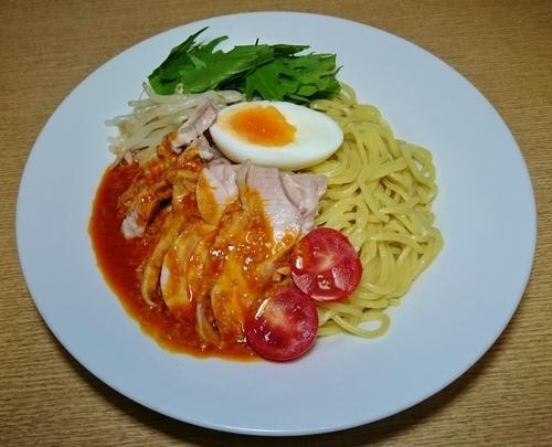 「冷やし棒棒鶏辣油麺 850円」@晴々飯店の写真