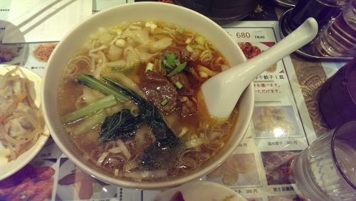 「牛肉刀削麺」@魯香酒樓の写真
