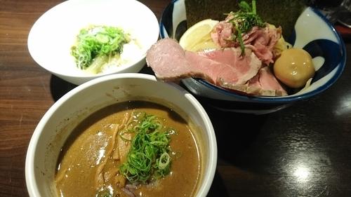 「得のせ純濃煮干しつけ麺+賄いご飯(無料) ¥ 1090」@九十九里煮干つけ麺 志奈田の写真