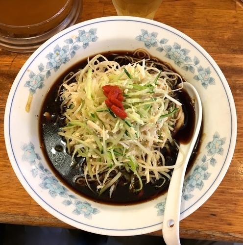 「冷し黒酢麺 大盛り」@中国ラーメン 揚州商人 目黒本店の写真